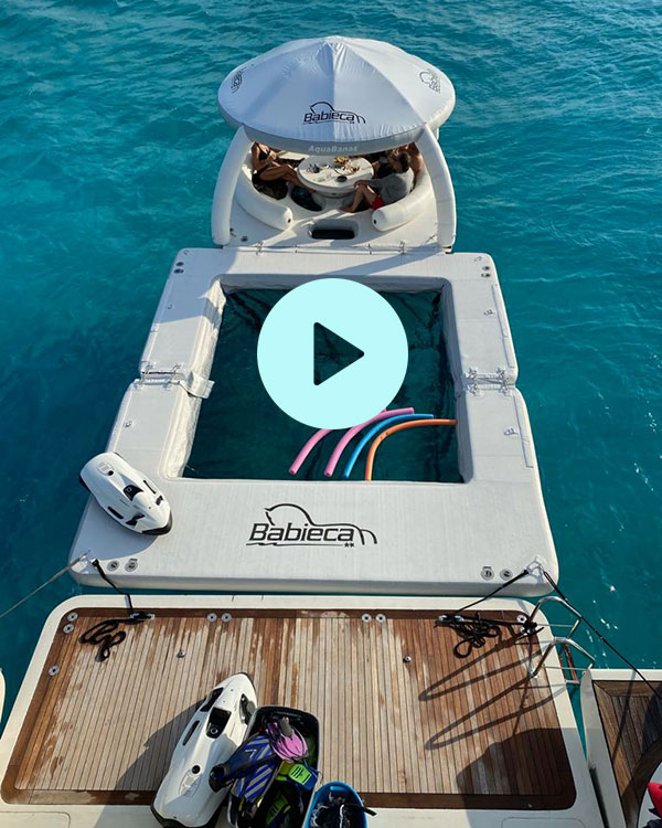 AquaBanas-inflatable,-yacht-slide-and-jet-ski-dock-for-a-superyacht---free-shipping-US